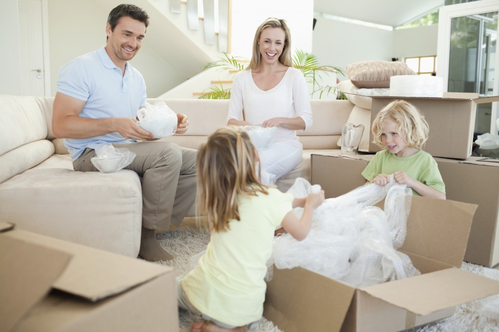 Hilfe beim Umzug mit der Familie